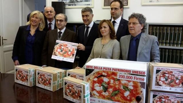 firme-per-pizza-unesco-640x360
